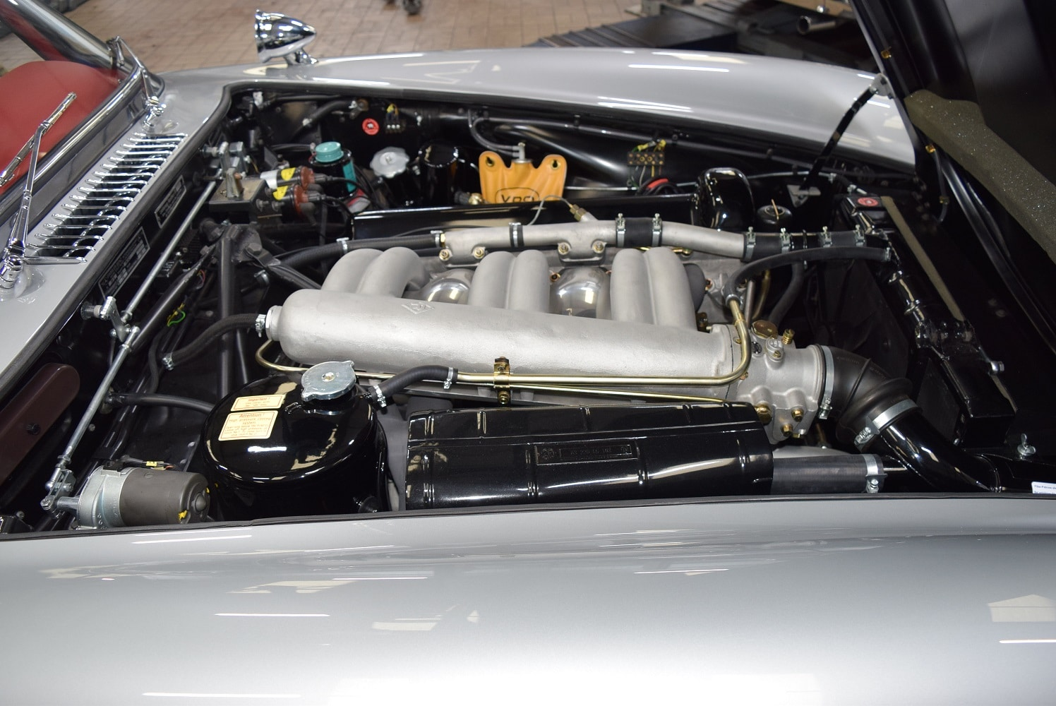 Mercedes 300SL side view of engine