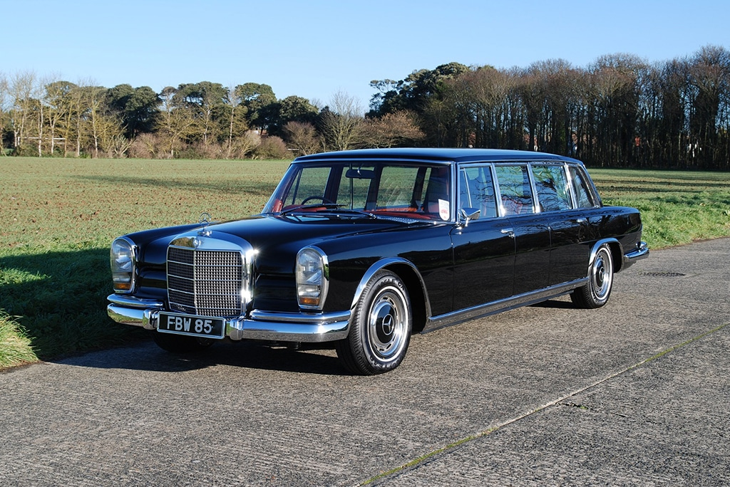 Mercedes-Benz 600 Pullman 6-door exterior view