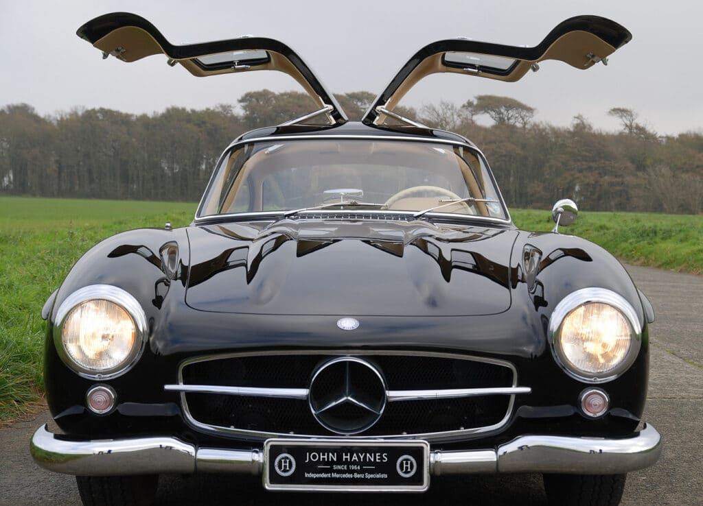 300SL Gullwing front