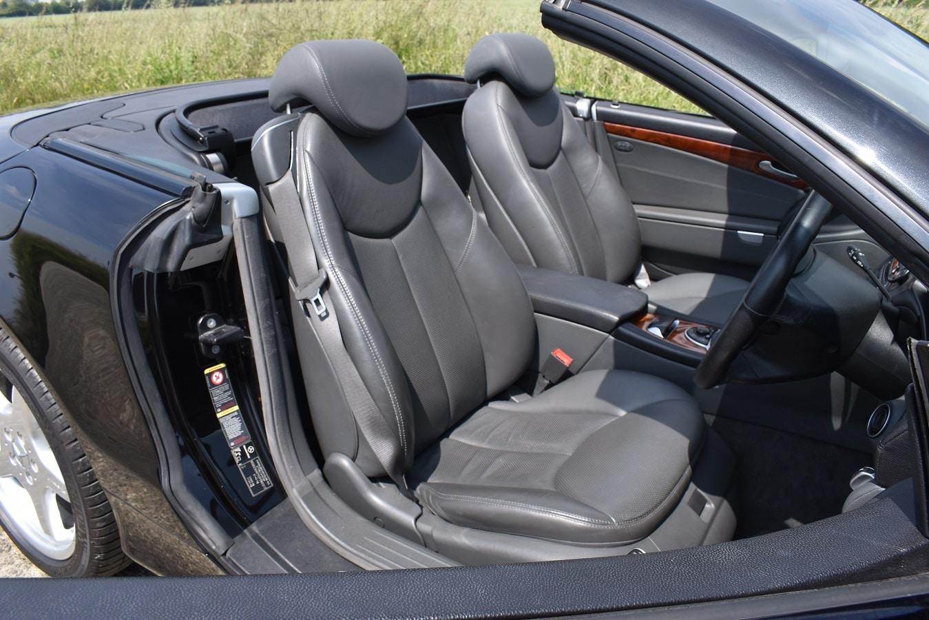 2004 Mercedes-Benz SL500 in Obsidian Black Metallic